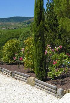 Jardinier paysagiste ard che for Entreprise jardinier paysagiste